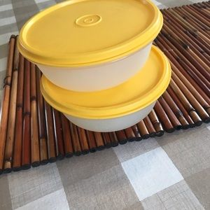 Tupperware bowls with yellow lids